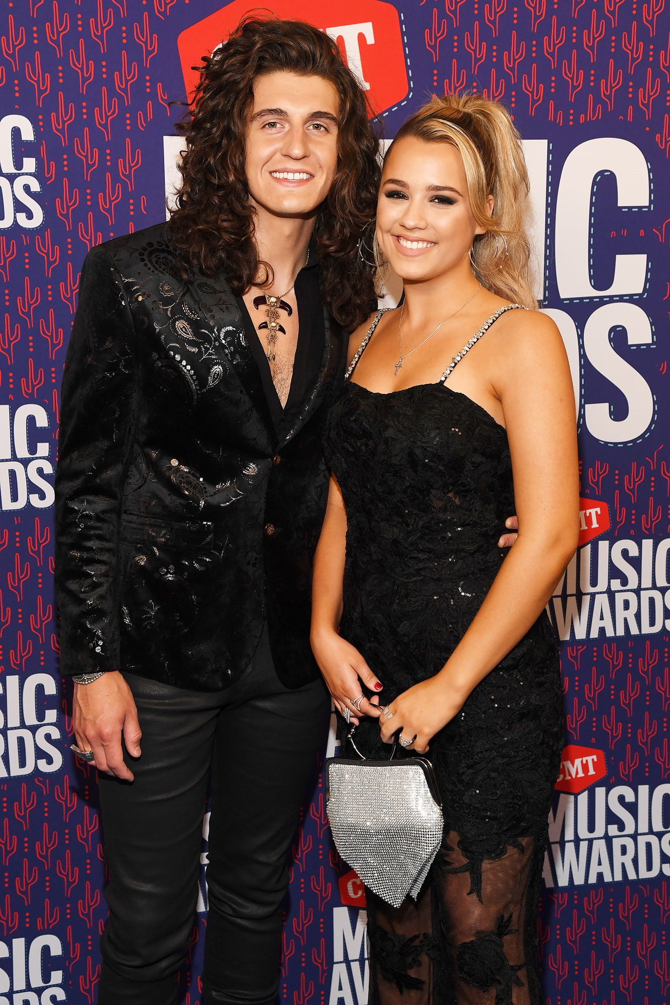 GABBY BARRETT AND CADE FOEHNER AT THE CMT MUSIC AWARDS ON JUNE 5, 2019.