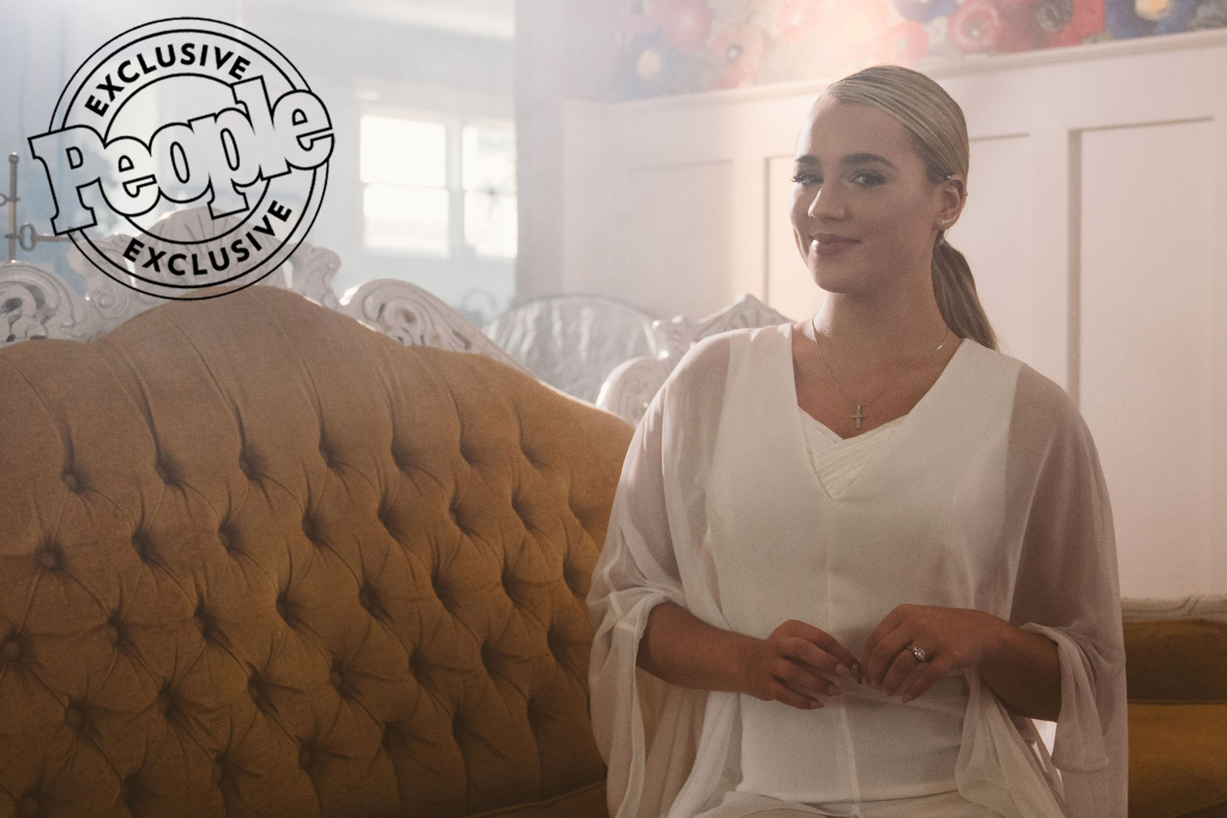 """Behind-the-Scenes with Gabby Barrett on the Set of Her Heartwarming """"The Good Ones"""" Video"""