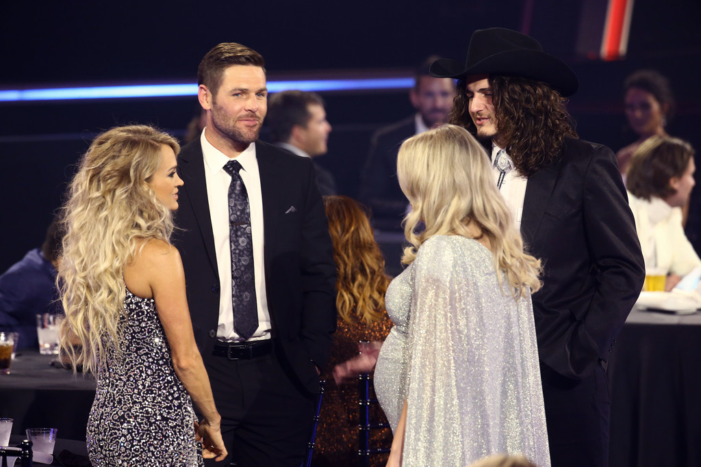 CARRIE UNDERWOOD, MIKE FISHER, GABBY BARRETT, AND CADE FOEHNER AT THE 2020 CMA AWARDS