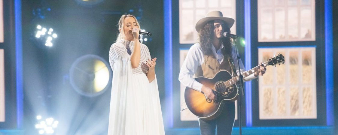 "Gabby Barrett Performs ""The Good Ones"" on Xfinity Ahead of the 55th ACM Awards"